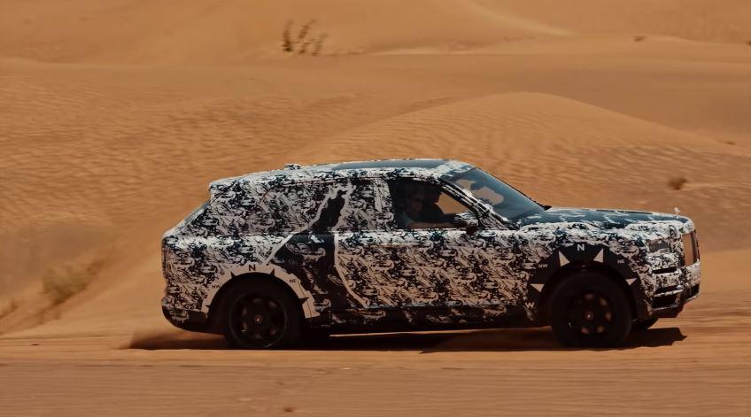 SUV Rolls-Royce Woestijn