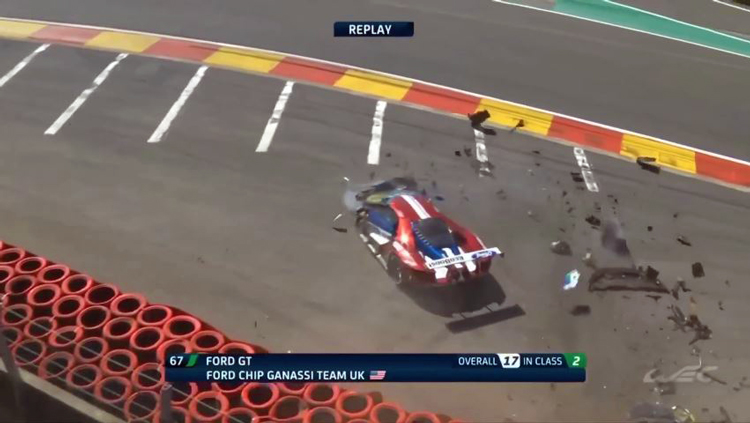 Ford-GT-Crash-Eau-Rouge-Raidillon