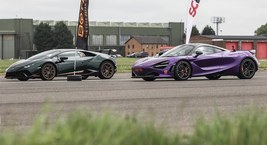 McLaren 720S vs Huracan Performante