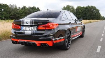 BMW M5 Akrapovic