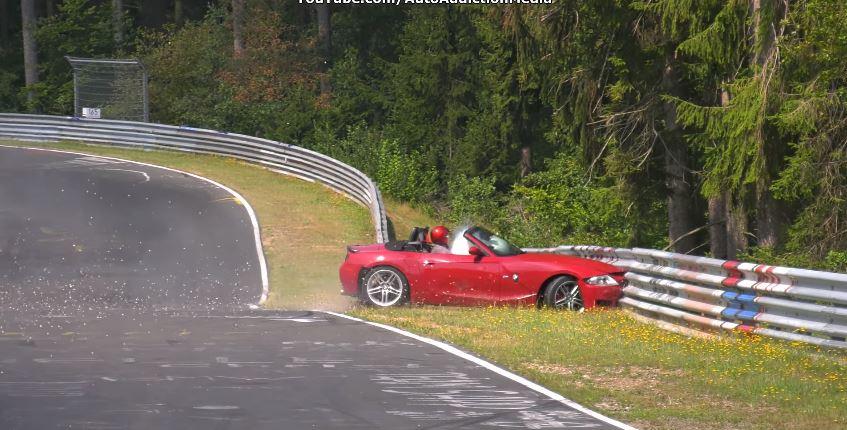 BMW Z4 M Roadster Nordschleife Crash