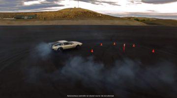 elektrische DeLorean kan zelf achtjes driften
