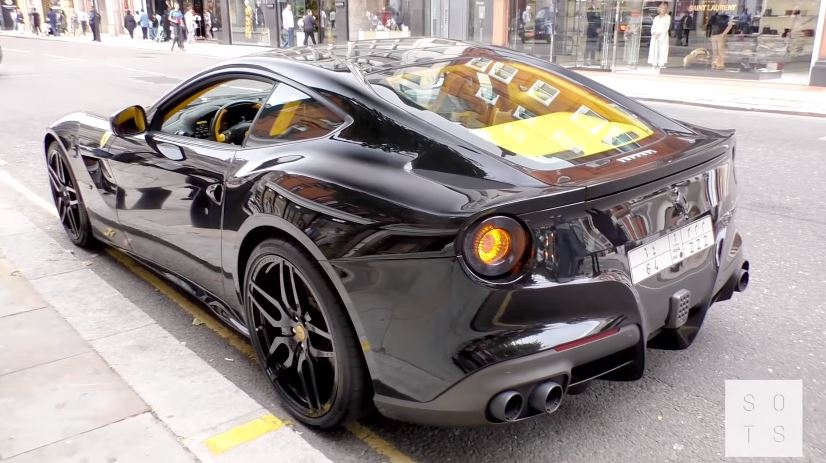 Ferrari F12 Berlinetta Straight Piped