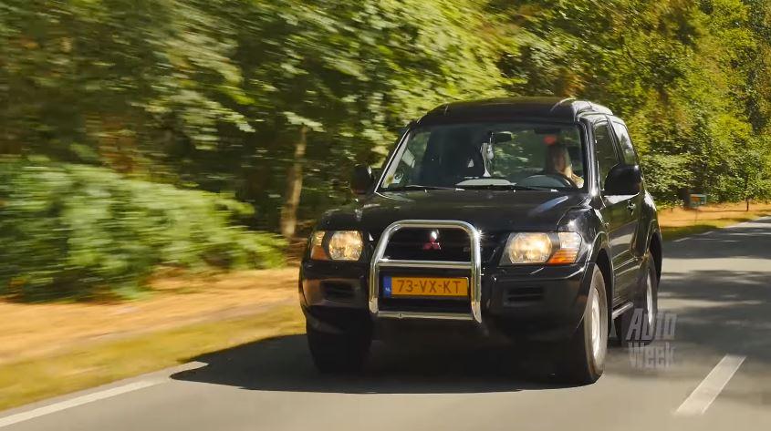 Mitsubishi Pajero klokje rond