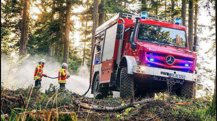 Unimog brandweerauto