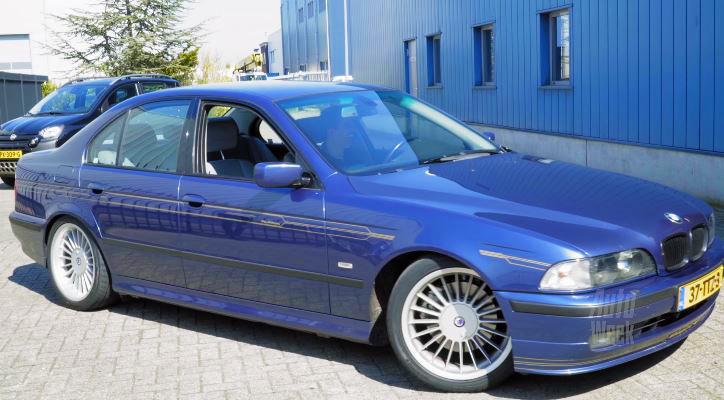 Alpina B10 3.3 op de rollenbank