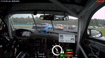 BMW-coureur passeert 10 auto's in eerste ronde