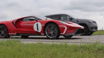 Jeep Trackhwak vs Ford GT