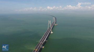 Langste zeebrug ter wereld geopend