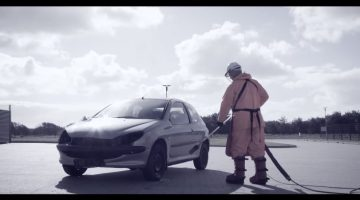 Auto wassen met 3000 bar hogedrukspuit