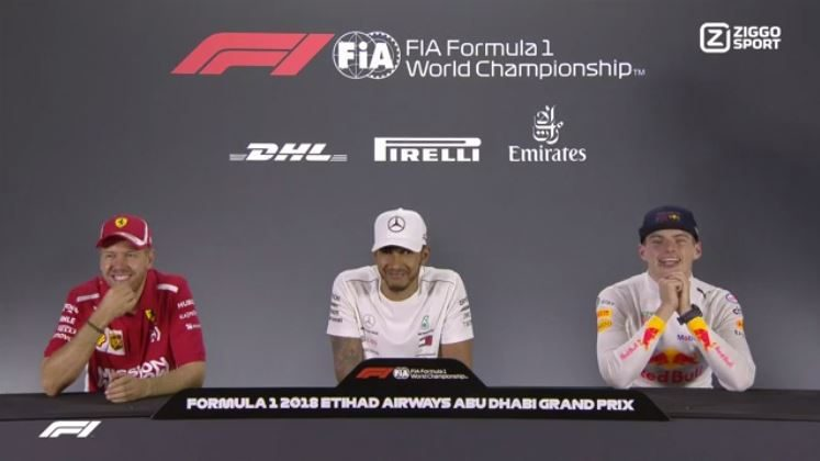 Hamilton, Vettel en Max dollen tijdens persconferentie in Abu Dhabi