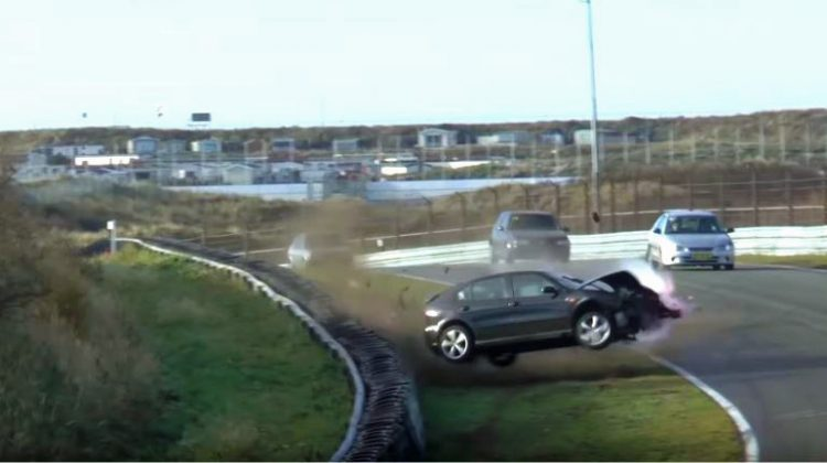 Seat-Leon-Crash-Scheivlak
