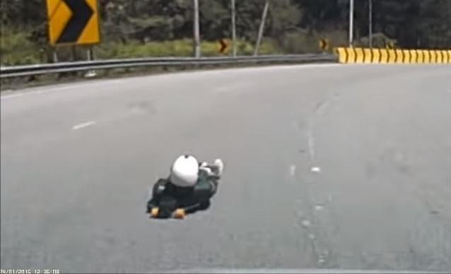 Street Luge rider in vekeer