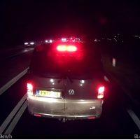 Trucker krijgt brake test van Volkswagen Transporter