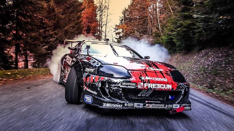 Touge Drifting met een Toyota Supra