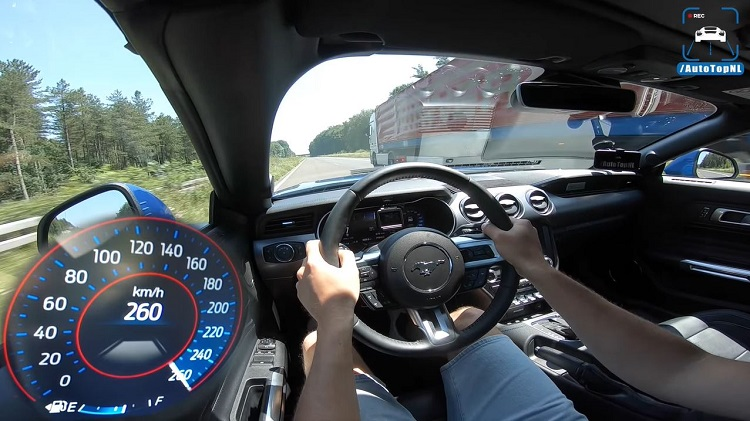 Ford Mustang GT 5.0 V8 naar topsnelheid