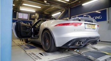 Jaguar F-Type S op de rollenbank