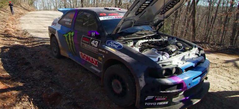 Ken Block heeft de motor in zijn Escort Cosworth al gesloopt