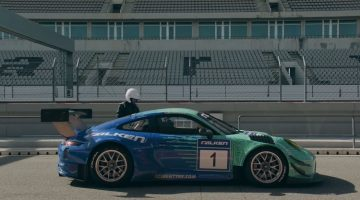 Richard Hammond test een Porsche 911 GT3 R