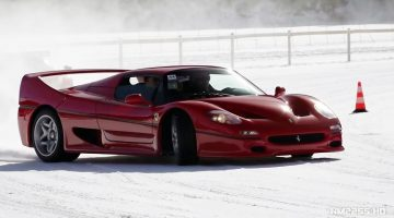 Straight Piped Ferrari F50