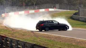 BMW 140i weet hem ternauwernood uit de vangrail te houden