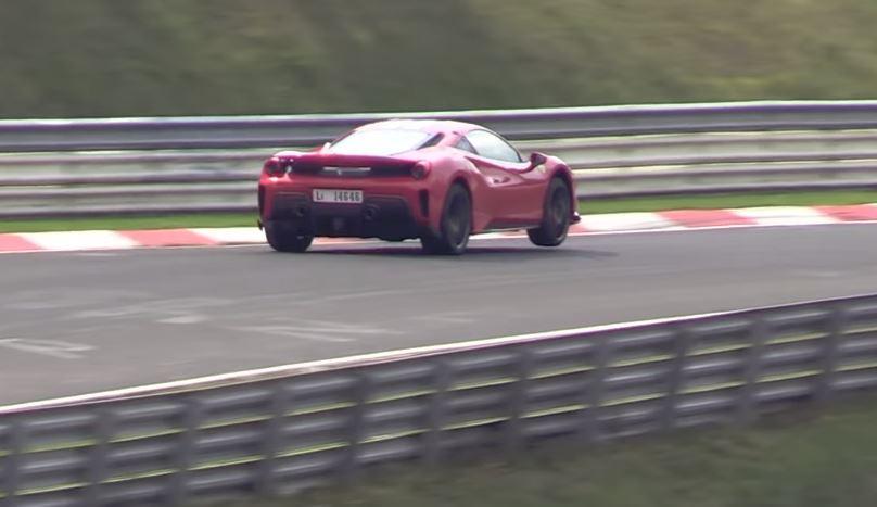 Ferrari 488 Pista maakt sprongetjes op de 'Ring