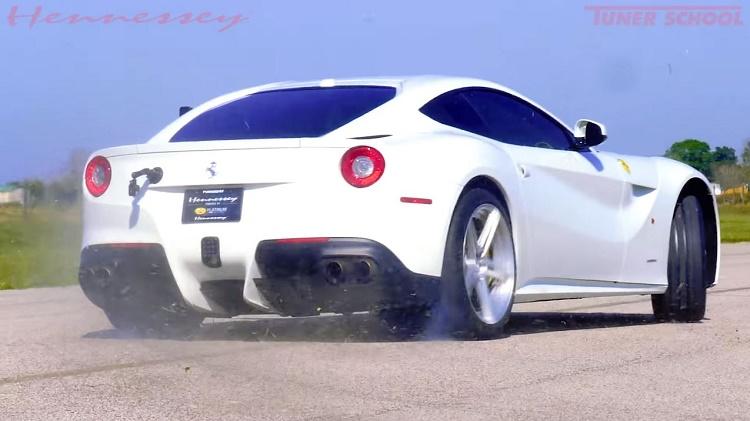 Hennessey's HPE800 kit geeft de Ferrari F12 Berlinetta 800 pk