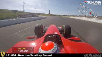 Ferrari F2004 V10 zet ronderecord op Sonoma Raceway