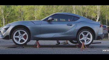 HKS test al nieuwe onderdelen voor de Toyota Supra Mk5