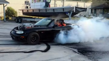 Hellcat MX-5 is een dikke burnout-machine