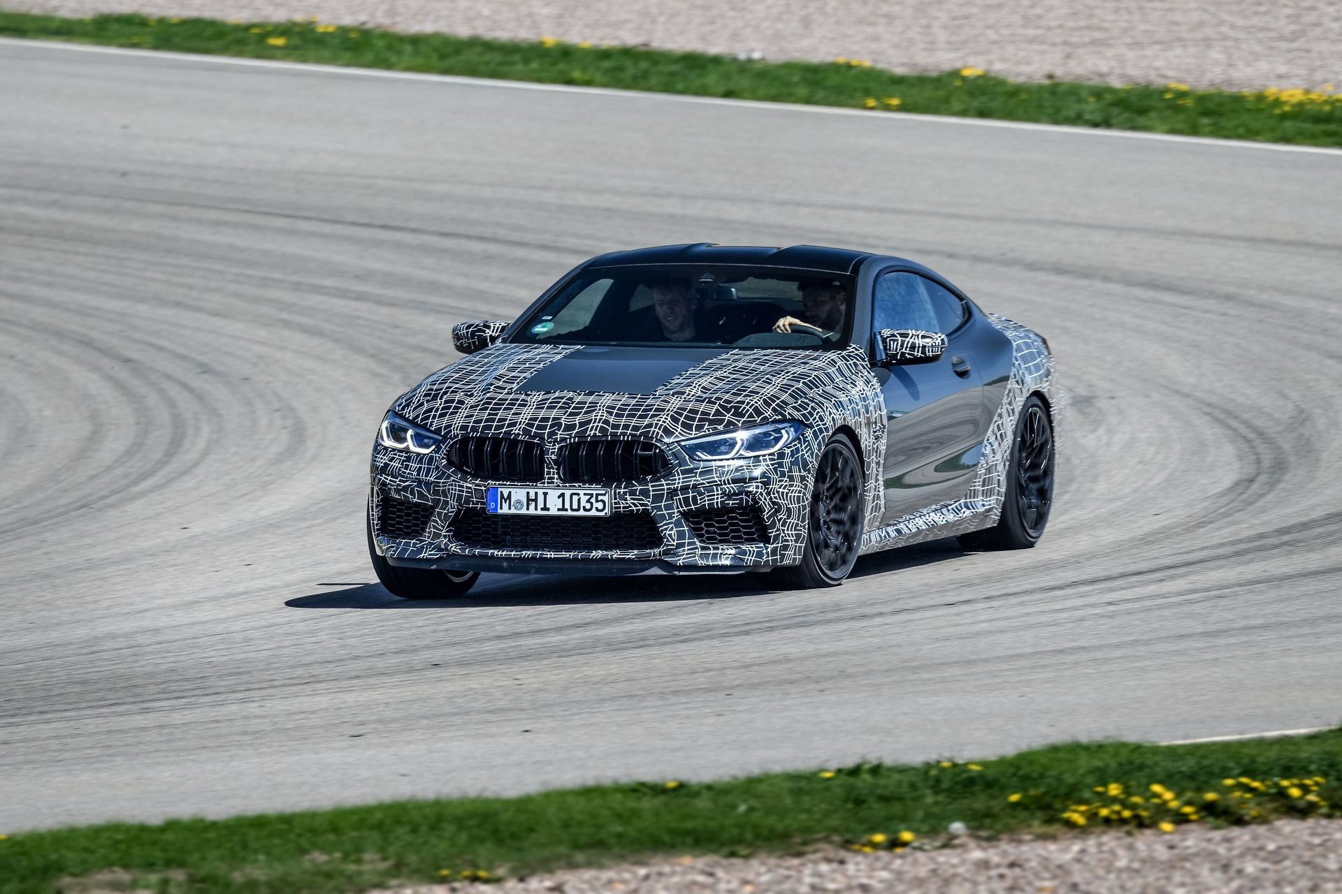BMW M8 new Operating Concept