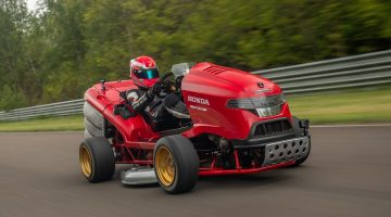 Mean Mower V2 doet 0-160 in 6,3 sec