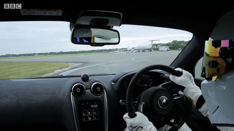 Onboard bij de The Stig in de McLaren 600LT