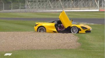 Lando Norris parkeert McLaren 720S in de grindbak