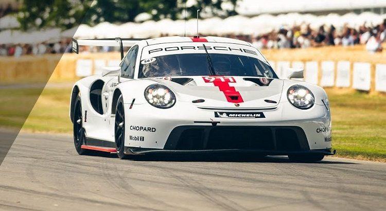 Nieuwe Porsche 911 RSR
