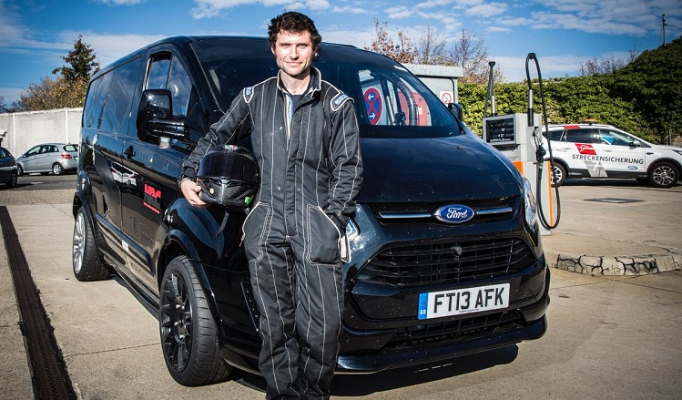 Guy Martin's Nordschleife Lap Record in de Ford Transit