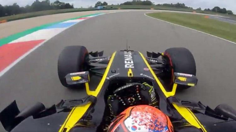 Jack Aitken verbreekt ronderecord Assen met 2017 Renault F1