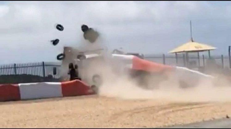 Porsche Carrera Cup knalt door de hekken op Estoril