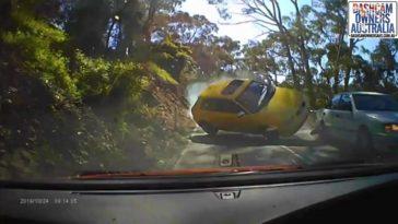 Inhalende Audi S3 veroorzaakt crash
