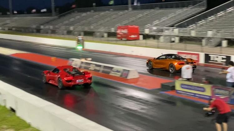 McLaren 720S vs Porsche 918 Spyder