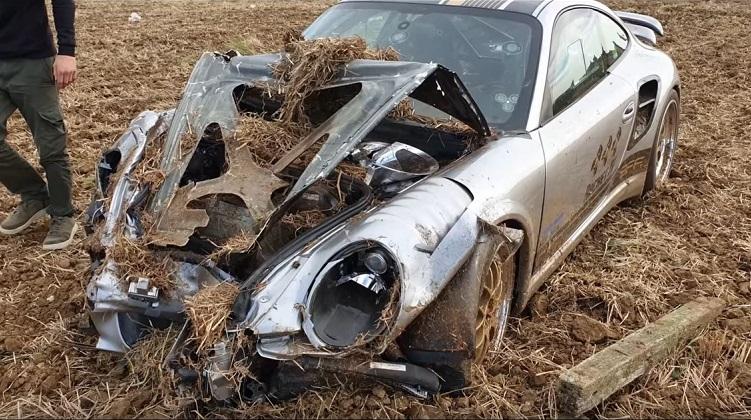 Porsche 9ff Turbo kon niet op tijd stoppen na 370 kmh run