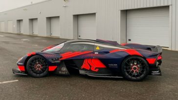 Hoor de V12 van de Aston Martin Valkyrie