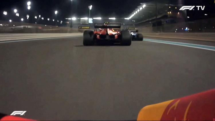 De inhaalactie van Verstappen op Leclerc bij 351 kmh