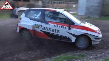 Heerlijke parodie op Ogiers Toyota WRC test