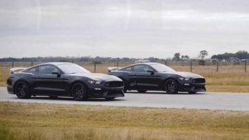 Mustang Shelby GT350R racet tegen een supercharged variant van Hennessey
