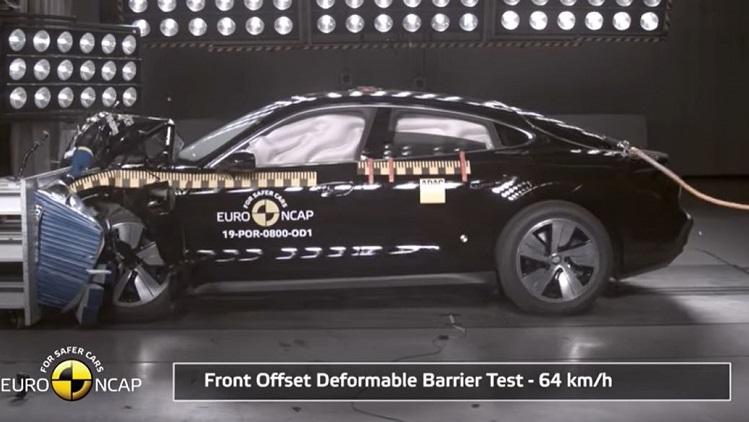 Porsche Taycan scoort 5 sterren in crashtest