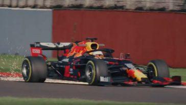 Red Bull RB16 en Max Verstappen voor het eerst in actie