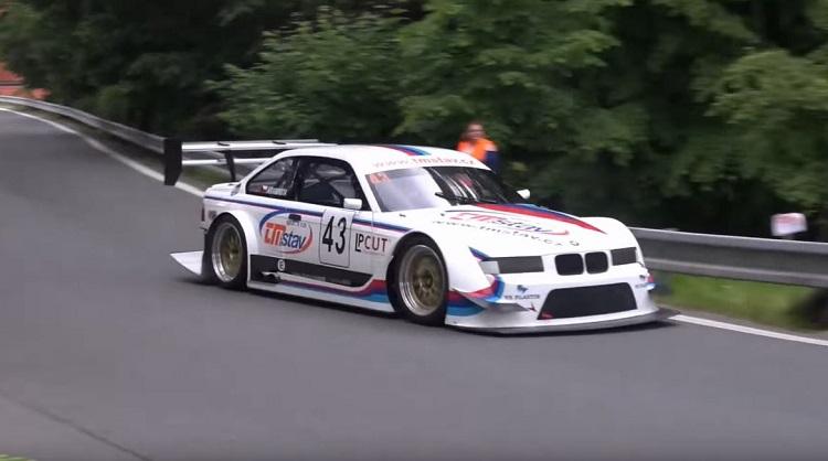 BMW E36 M3 GTR in Hillclimb Racing