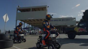 Verstappen en Albon racen met gemotoriseerde koelboxen