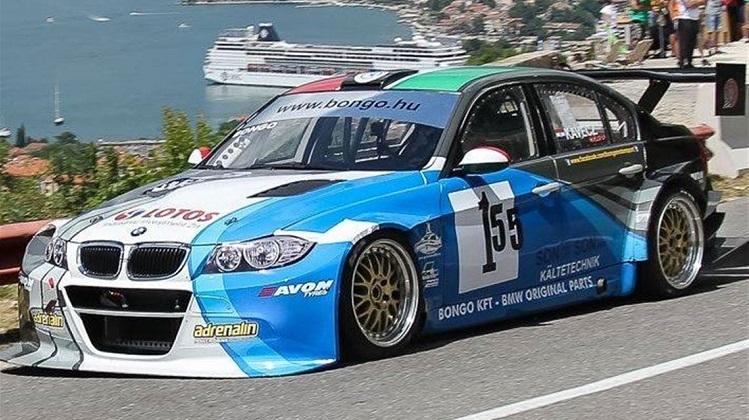 BMW E90 V8